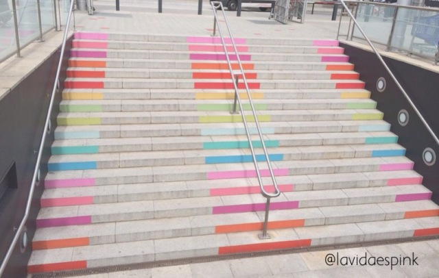 Colorfull staris, escaleras de colores
