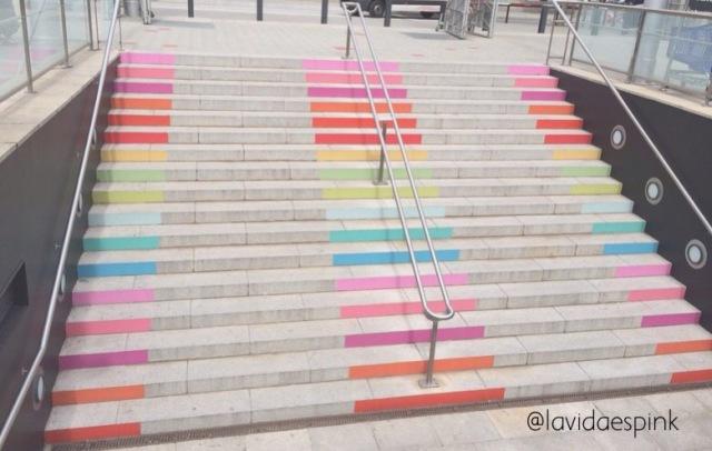 Colorfull staris, escaleras de colores